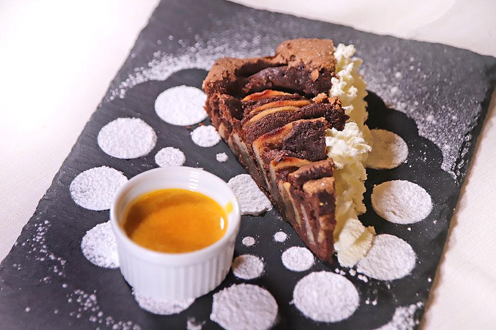 Torta pere e cioccolato con zabaione